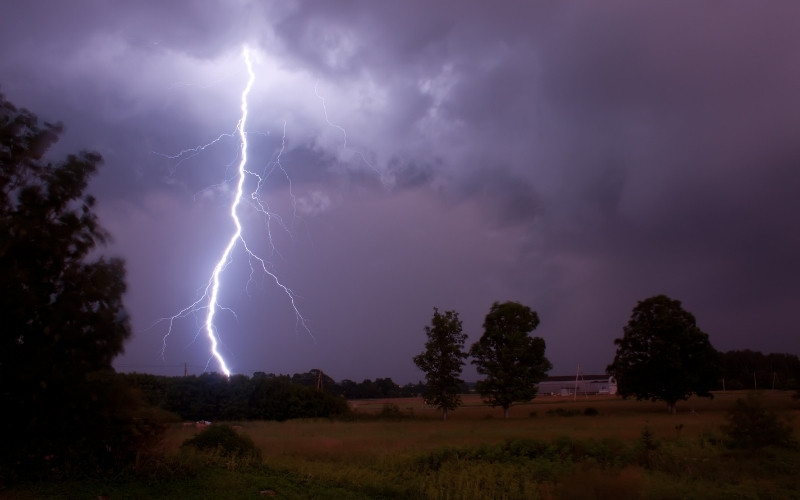 3 Common Electrical Problems Caused By Stormy Weather